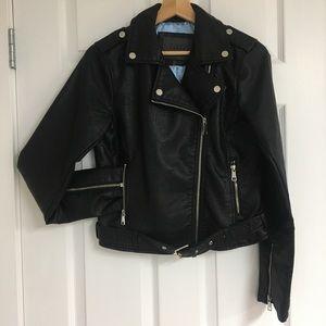 ModCloth faux leather moto jacket, size S.